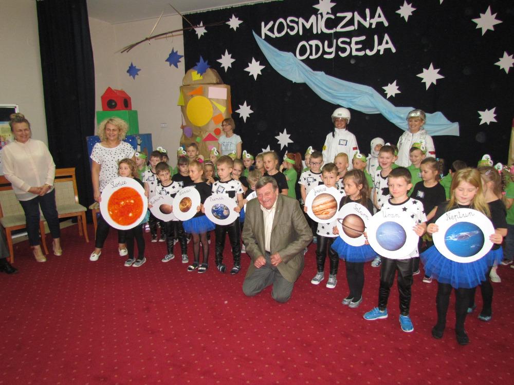 Kosmiczna Odyseja - Dzień Dziecka z Gen Hermaszewskim